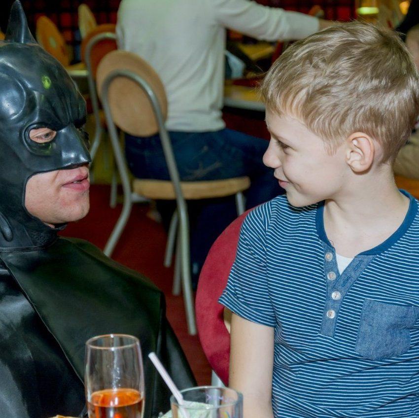 Бэтмен День Рождения