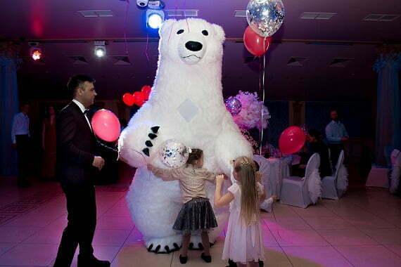 Белый медведь на свадьбу
