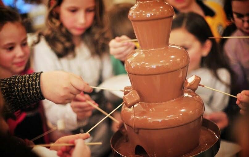 шоколадный фонтан на детский день рождения
